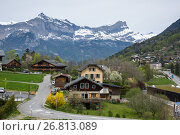 Panoramic view of french Alps and Saint-Gervais-les-Bains (2016 год). Стоковое фото, фотограф Юлия Белоусова / Фотобанк Лори
