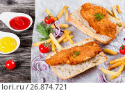 Купить «sandwich with ciabatta and Bread Crumb Coated fried pork chop», фото № 26874721, снято 18 января 2019 г. (c) Oksana Zh / Фотобанк Лори