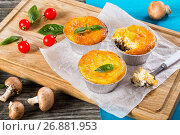 Купить «Three portions of julienne, One-Bite on spoon», фото № 26881953, снято 18 июля 2019 г. (c) Oksana Zh / Фотобанк Лори