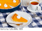 Купить «portion of delicious bright orange pumpkin open pie on plate», фото № 26886189, снято 14 июля 2018 г. (c) Oksana Zh / Фотобанк Лори