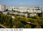 Купить «Москва, Марьино, вид сверху на Днепропетровский бульвар», фото № 26928481, снято 9 сентября 2017 г. (c) glokaya_kuzdra / Фотобанк Лори