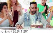 Купить «team greeting colleague at office birthday party», видеоролик № 26941201, снято 6 сентября 2017 г. (c) Syda Productions / Фотобанк Лори