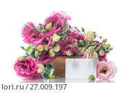 Купить «Beautiful bouquet of pink lisianthus flowers», фото № 27009197, снято 23 августа 2017 г. (c) Peredniankina / Фотобанк Лори