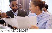 Купить «happy business team at international conference», видеоролик № 27010017, снято 16 июля 2020 г. (c) Syda Productions / Фотобанк Лори
