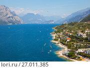 Купить «Озеро Гарда. Мальчезине. Италия», фото № 27011385, снято 5 сентября 2017 г. (c) Сергей Афанасьев / Фотобанк Лори