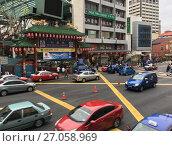 Купить «Chinatown in Kuala Lumpur city, Malaysia», фото № 27058969, снято 11 сентября 2017 г. (c) Александр Подшивалов / Фотобанк Лори