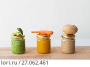 Купить «vegetable puree or baby food in glass jars», фото № 27062461, снято 21 февраля 2017 г. (c) Syda Productions / Фотобанк Лори