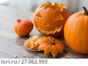 Купить «jack-o-lantern or carved halloween pumpkin», фото № 27062993, снято 15 сентября 2017 г. (c) Syda Productions / Фотобанк Лори