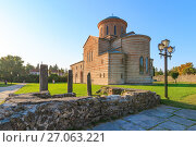 PITSUNDA, ABKHAZIA, SEPTEMBER 19, 2017: Ancient Patriarchal Cathedral in honor of the Apostle Andrew in Pitsunda in summer day. Стоковое фото, фотограф Олег Белов / Фотобанк Лори