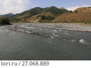 Купить «Река Арагви», фото № 27068889, снято 20 сентября 2017 г. (c) Яна Королёва / Фотобанк Лори
