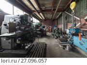 Купить «Vintage Drilling, milling, turning machines.», фото № 27096057, снято 15 июня 2017 г. (c) Андрей Радченко / Фотобанк Лори