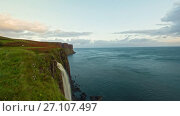 Купить «Waterfall Kilt Rock - water fall into the sea - Isle of Skye, Highland Region, Scotland - time-lapse», видеоролик № 27107497, снято 21 апреля 2018 г. (c) Константин Шишкин / Фотобанк Лори
