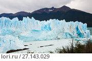 Купить «Glacier Perito Moreno and mountains», фото № 27143029, снято 2 февраля 2017 г. (c) Яков Филимонов / Фотобанк Лори