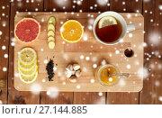 Купить «ginger tea with honey, citrus and garlic on wood», фото № 27144885, снято 13 октября 2016 г. (c) Syda Productions / Фотобанк Лори