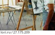 Купить «Artist drawing sketch on canvas 4k», видеоролик № 27175209, снято 4 апреля 2020 г. (c) Wavebreak Media / Фотобанк Лори