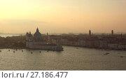 Сентябрьские сумерки в Венеции. Италия (2017 год). Стоковое видео, видеограф Виктор Карасев / Фотобанк Лори