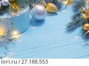 Купить «Christmas background with fir branchs and balls», фото № 27188553, снято 17 октября 2017 г. (c) Майя Крученкова / Фотобанк Лори