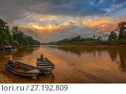Закат на реке Кинабатанган,остров Борнео. Стоковое фото, фотограф Valeriy Ryasnyanskiy / Фотобанк Лори