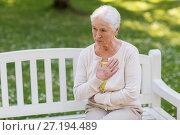 Купить «senior woman feeling sick at summer park», фото № 27194489, снято 16 июля 2017 г. (c) Syda Productions / Фотобанк Лори
