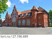 Купить «Железнодорожный вокзал в  Бранево, Польша», фото № 27196689, снято 7 июня 2016 г. (c) Ирина Борсученко / Фотобанк Лори