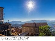 Купить «San Marino and the Apennine Mountains», фото № 27210141, снято 6 ноября 2013 г. (c) Евгений Ткачёв / Фотобанк Лори