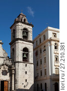 Купить «Catedral of San Cristobal on the Cathedral Plaza, famous religious and touristic landmark. Havana, Cuba», фото № 27210381, снято 27 января 2013 г. (c) Куликов Константин / Фотобанк Лори