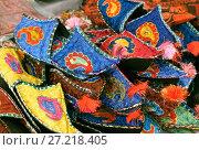Купить «Uzbek traditional slippers», фото № 27218405, снято 10 мая 2014 г. (c) Надежда Болотина / Фотобанк Лори