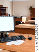 Купить «Flat lcd pc computer monitor with white isolated screen, empty office room», фото № 27268369, снято 10 августа 2011 г. (c) Кекяляйнен Андрей / Фотобанк Лори