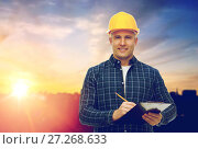 Купить «male builder in yellow hard hat with clipboard», фото № 27268633, снято 7 марта 2015 г. (c) Syda Productions / Фотобанк Лори