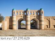 Купить «Кош-дарваза - северные ворота крепости Дишан-Кала, Хива, Узбекистан», фото № 27270629, снято 22 октября 2016 г. (c) Юлия Бабкина / Фотобанк Лори