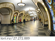 Купить «Novoslobodskaya, Moscow Metro station in Tverskoy District. It is on Koltsevaya Line, it was opened on 30 January 1952. Winter», фото № 27272889, снято 3 декабря 2017 г. (c) Валерия Попова / Фотобанк Лори