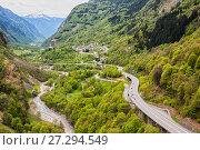 Купить «Highway in the Alps, Switzerland», фото № 27294549, снято 12 мая 2013 г. (c) Юлия Бабкина / Фотобанк Лори