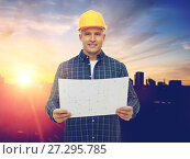 Купить «male builder in yellow hard hat with blueprint», фото № 27295785, снято 7 марта 2015 г. (c) Syda Productions / Фотобанк Лори