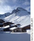 Шале в Альпах. Стоковое фото, фотограф Скалдина Мария / Фотобанк Лори