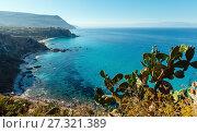 Купить «Tyrrhenian sea landscape, Calabria, Italy», фото № 27321389, снято 19 июня 2017 г. (c) Юрий Брыкайло / Фотобанк Лори