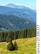 Купить «Summer mountain view (Carpathian, Ukraine).», фото № 27335517, снято 19 августа 2016 г. (c) Юрий Брыкайло / Фотобанк Лори