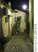 Купить «Night Stilo village, Calabria, Italy.», фото № 27335613, снято 10 июня 2017 г. (c) Юрий Брыкайло / Фотобанк Лори