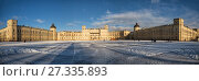 Купить «Panoramic view of the Gatchina Palace on a winter sunny day», фото № 27335893, снято 21 января 2017 г. (c) Юлия Бабкина / Фотобанк Лори