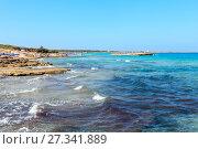 Купить «Beach Punta della Suina, Salento, Italy», фото № 27341889, снято 8 июня 2017 г. (c) Юрий Брыкайло / Фотобанк Лори