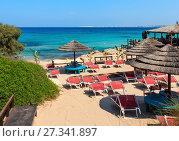 Купить «Beach Punta della Suina, Salento, Italy», фото № 27341897, снято 8 июня 2017 г. (c) Юрий Брыкайло / Фотобанк Лори