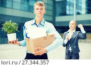 Купить «Businesswoman is wishing good luck to worker», фото № 27344357, снято 15 июля 2017 г. (c) Яков Филимонов / Фотобанк Лори