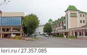 Купить «Театральная площадь, Ессентуки, Ставропольский край», фото № 27357085, снято 5 августа 2013 г. (c) Олег Хархан / Фотобанк Лори
