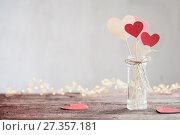 Купить «decorations for Valentine's Day», фото № 27357181, снято 7 января 2018 г. (c) Майя Крученкова / Фотобанк Лори
