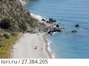 Near Nerja and Maro, Costa del Sol, Malaga Province, Andalusia, southern Spain. Playa las Alberquillas in the protected Paraje Natural Acantilados de Maro-Cerro Gordo. Стоковое фото, фотограф Ken Welsh / age Fotostock / Фотобанк Лори