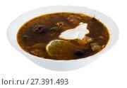 Купить «isolated plate with soup», фото № 27391493, снято 16 декабря 2018 г. (c) Яков Филимонов / Фотобанк Лори