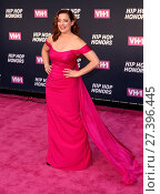 Купить «VH1 Hip Hop Honors: 'All Hail The Queens' held at the David Geffen Hall - Arrivals Featuring: Laura Michelle Kelly Where: New York City, New York, United...», фото № 27396445, снято 11 июля 2016 г. (c) age Fotostock / Фотобанк Лори