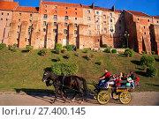 Купить «The famous Grudziadz Granaries, Kuyavian-Pomeranian Voivodeship, Poland.», фото № 27400145, снято 18 января 2018 г. (c) age Fotostock / Фотобанк Лори