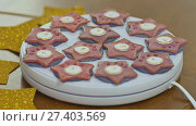 Купить «Baking Christmas gingerbread. Baking technology with specialized electrical equipment. Preparing for a festive fun.», видеоролик № 27403569, снято 21 октября 2017 г. (c) Mikhail Davidovich / Фотобанк Лори