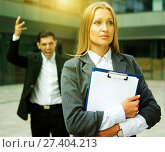 Купить «Female employee is upset with the reprimand of boss», фото № 27404213, снято 20 августа 2017 г. (c) Яков Филимонов / Фотобанк Лори