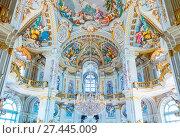 Купить «Italy, Piedmont, Nichelino, The fully decorated Central Hall of Palazzina di caccia di Stupinigi», фото № 27445009, снято 22 июня 2016 г. (c) age Fotostock / Фотобанк Лори
